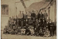 lavoratori della cartiera di Maina in valle di Toscolano